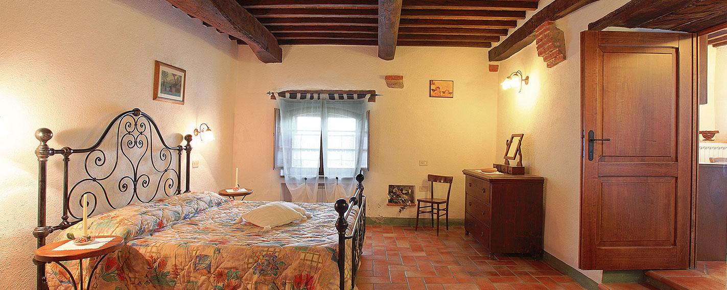 Appartamenti vacanza in valdorcia agriturismo con piscina cacciamici agriturismo val d 39 orcia - Appartamenti in montagna con piscina ...